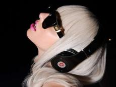 Lady Gaga - Mosquito (Alejandro)