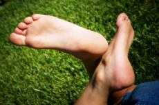 The Spiritual Significance of Female Feet - And Man's Obsession With Them