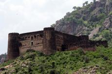 Bhangarh: An unsolved mystery