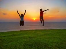 How To Become Happy ( The Good Type Of Happiness )
