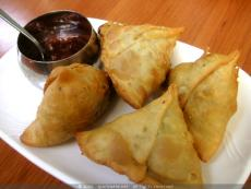 Samosas Fried in Mustard Oil