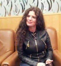 Laura Mustetiu