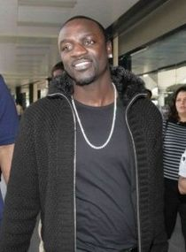 210px-Akon_arrives_in_Mumbai_for_Ra_One_